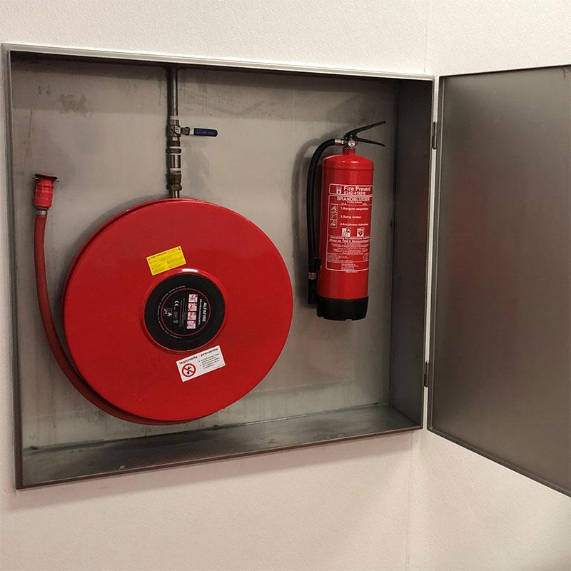 Van Leeuwentechniek - Bedrijfsinrichting - Hygiënische brandhaspelkast